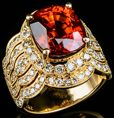 Ruby and diamond ring in yellow gold - What karat gold is best for rings?
