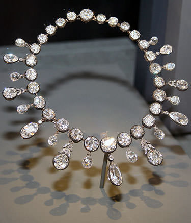 Napoleon I diamond necklace