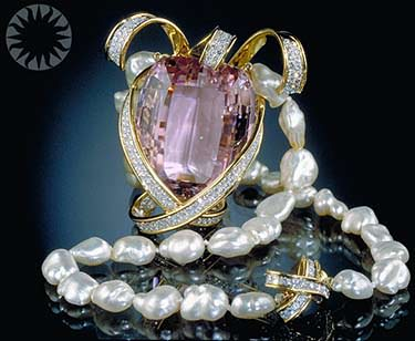Picasso kunzite and pearl necklace