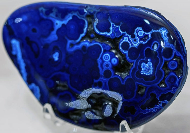 Polished azurite cabochon