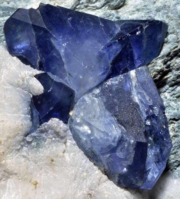 Benitoite gemstone on natrolite