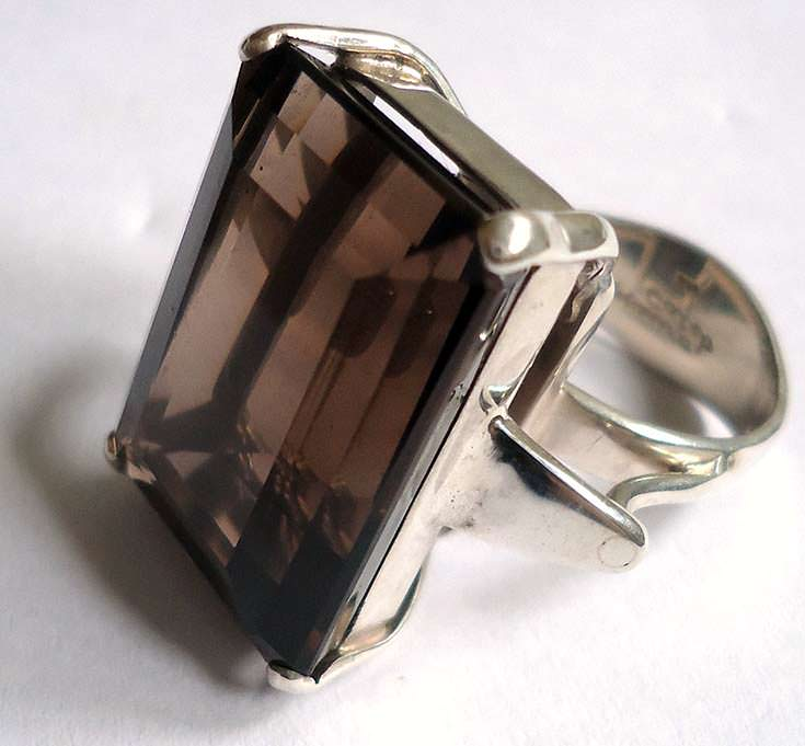 Smoky quartz ring from Brazil