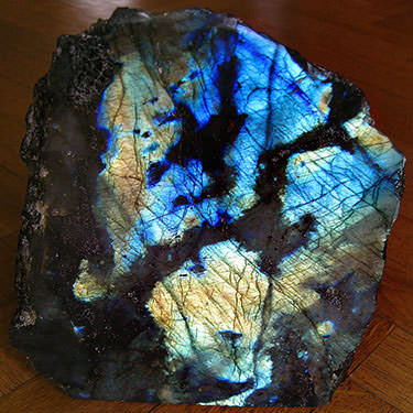 labradorite stone with beautiful labradorescence play of color